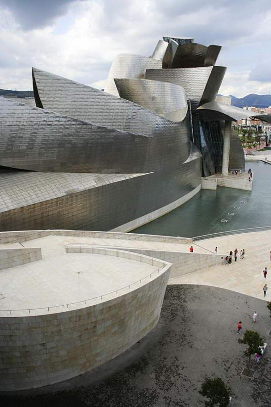 Необычные здания мирового архитектурного гения