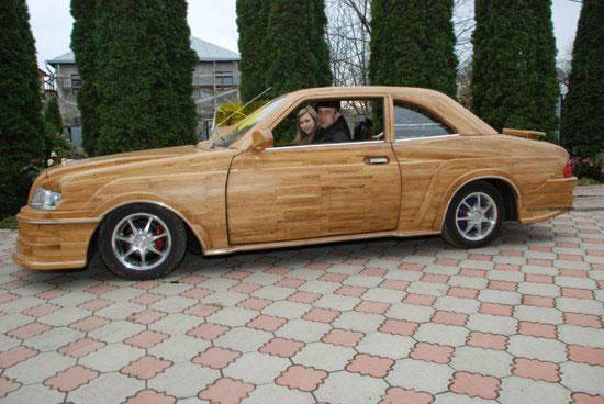 Деревянный автомобиль «made in Ukraine»