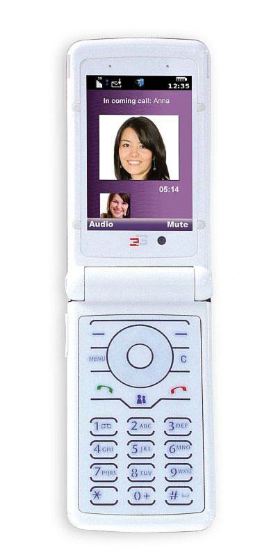 Первый 3G телефон стоимостью менее 100 долларов