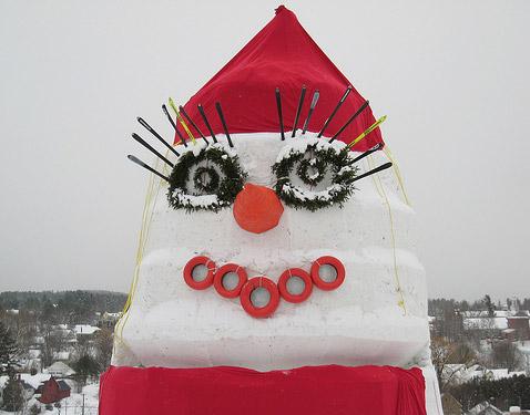 Самая большая в мире снежная баба