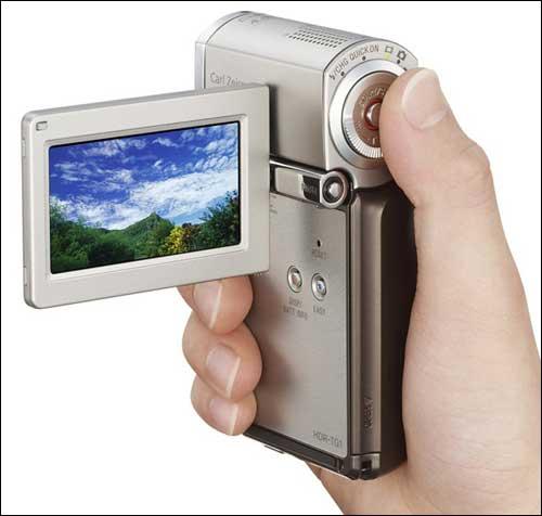 Компактная Full HD камера Sony Handycam HDR-TG1