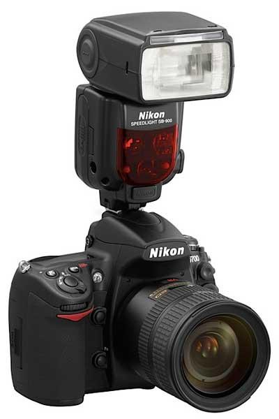 камера Nikon D700