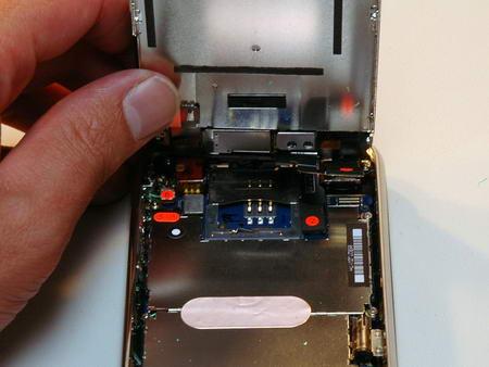 iPhone 3G в разобранном виде