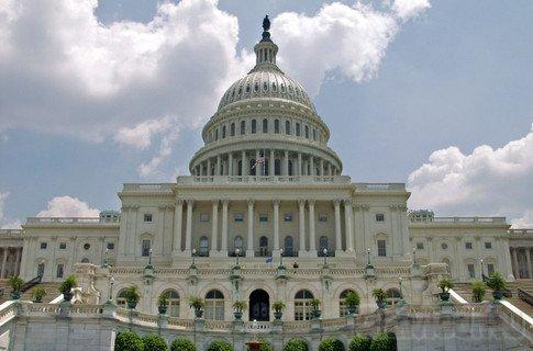 Конгресс США заинтересовался сбором данных iPhone