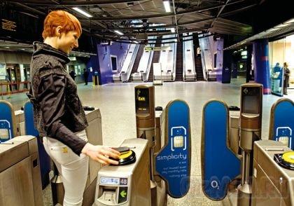 Технология телефонных платежей NFC идет в Россию