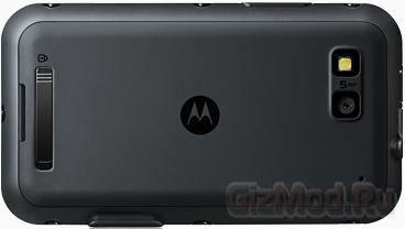 """""""Подводный"""" Android-смартфон Motorola DEFY+"""