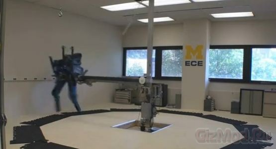 Робот MABLE ставит рекорд скорости бега