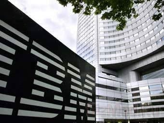 Впервые с 1996 года IBM дороже Microsoft