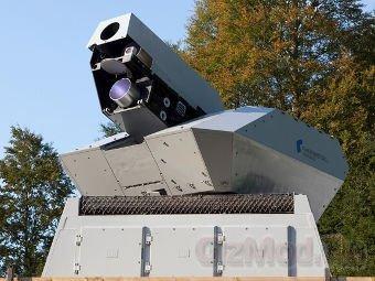 Немецкая лазерная пушка сбивает беспилотники