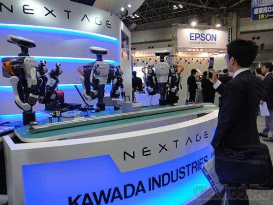 Робот Nextage умеет работать с другими роботами