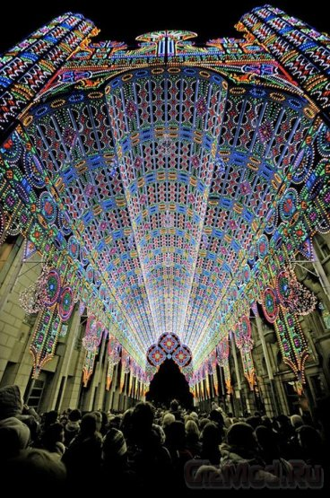 В Бельгии появился светодиодный собор