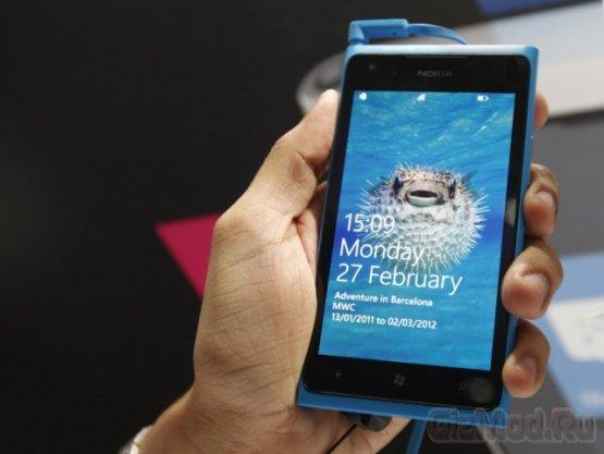 Забиваем гвозди смартфоном Lumia 900