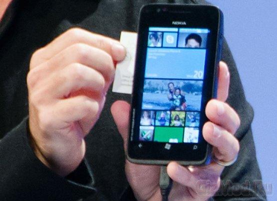 Смартфон Nokia под управлением Windows Phone 8