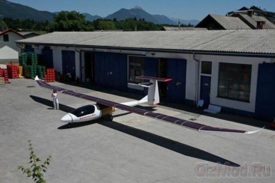 Двухместный солнечный самолет Sunseeker Duo