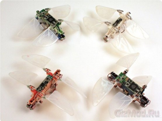 Робот-стрекоза TechJet Dragonfly