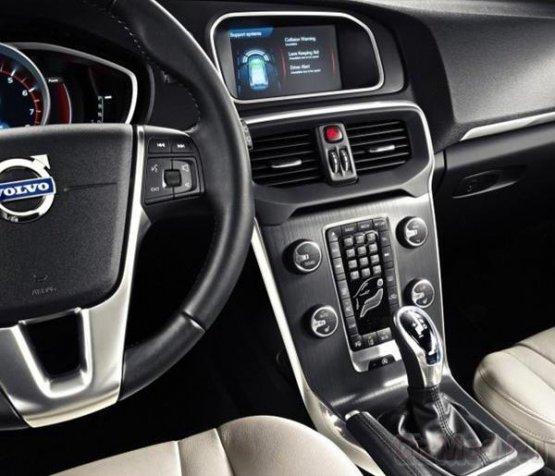 """Volvo и Ericsson сделают автомобили """"облачными"""""""