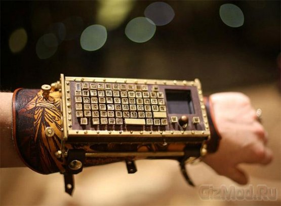 Bluetooth-клавиатура в стиле стимпанк
