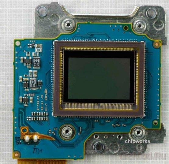 Зеркалка Nikon D5200: взгляд изнутри