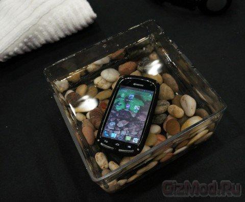 Ультразащищённый смартфон Kyocera Torque