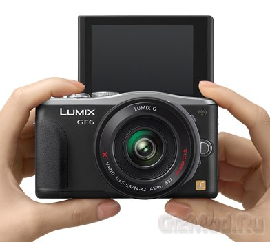 Беззеркалка Panasonic Lumix DMC-GF6 во плоти