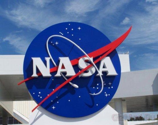 NASA запустило в космос три смартфона.