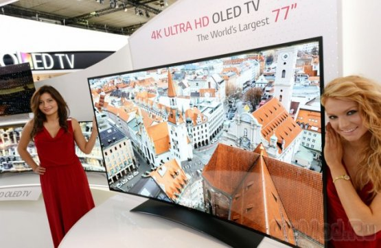 Огромный изогнутый 4K OLED телевизор LG