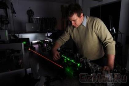 10 тераватт лазер поместился на столе