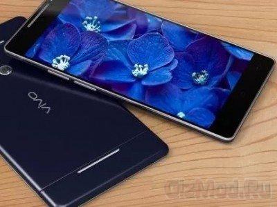 QHD экран смартфона Vivo XPlay 3S под микроскоком