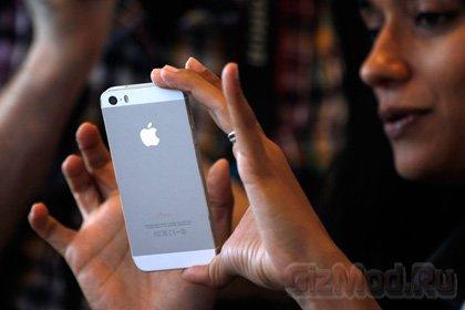 iPhone с искривленным «большим» экраном
