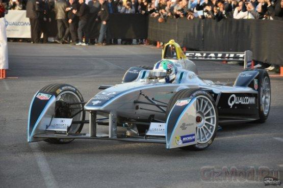 Первая публичная демонстрация болида Formula E