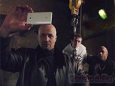 Huawei запустила вирусную рекламу смартфона в России