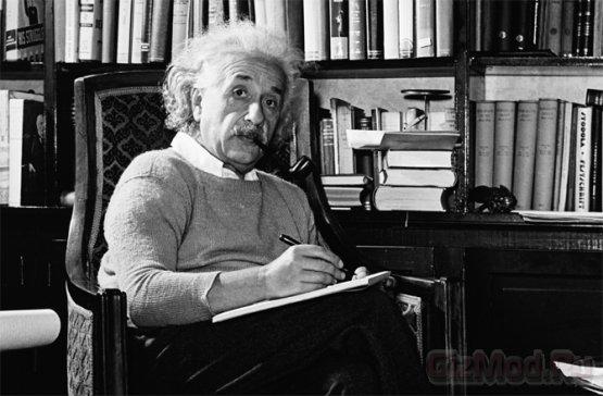Эйнштейн предполагал другой сценарий Вселенной