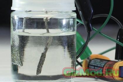 ААА батарейка способна вырабатывать водородное топливо