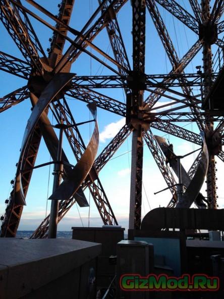 Эйфелева башня теперь с ветровыми турбинами