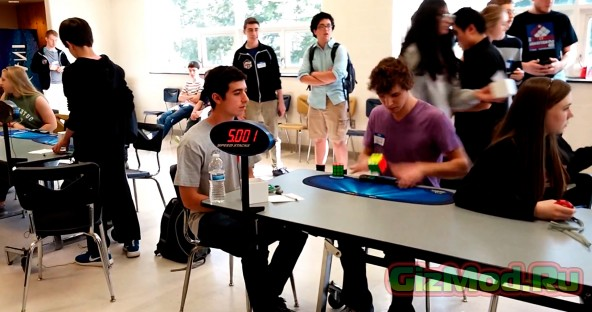 Новый рекорд по сборке кубики Рубика на скорость