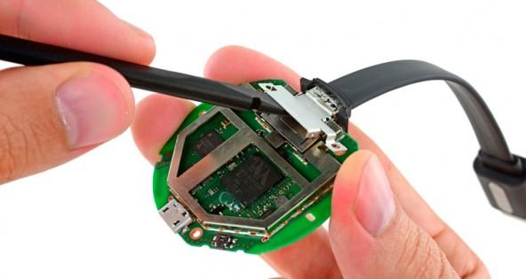 Внутренности Google Chromecast