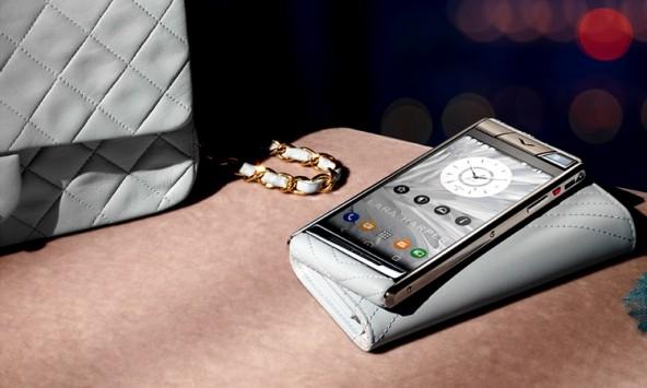 Отныне Vertu выпускает телефоны под китайским флагом