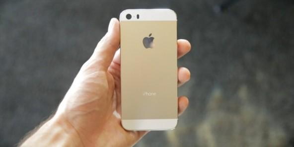 """Детали о новом """"бюджетном"""" iPhone"""