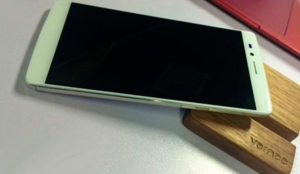 Бюджетная версия смартфона Apollo от компании Vernee