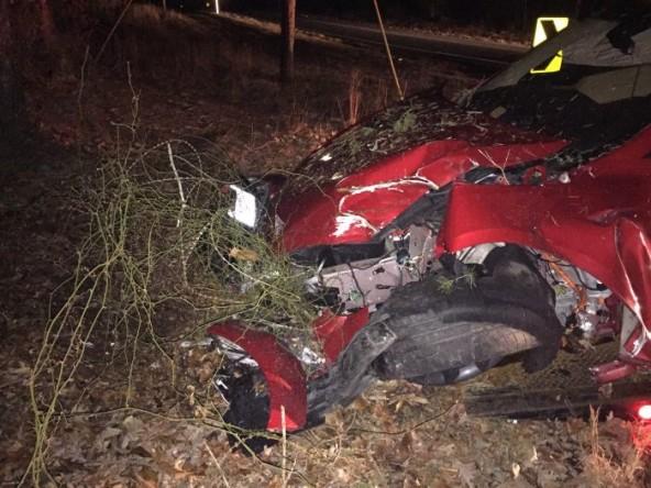 Конструкция Tesla Model S спасла водителю жизнь при аварии