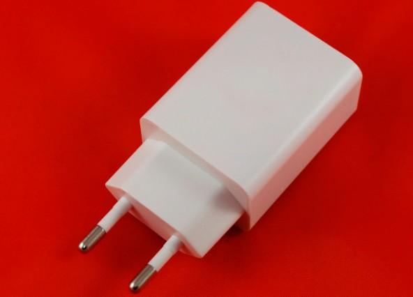 Yojock USB - дешевое зарядное с поддержкой Quick Charge 3.0