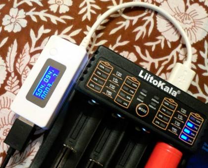 LiitoKala Lii-402 - зарядное и повербанк в одном