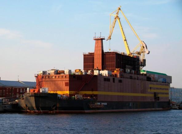 Россия запустила плавучую атомную электростанцию