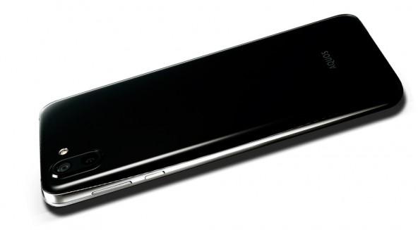 Sharp Aquos R2 отдельно камеры для фото и видео