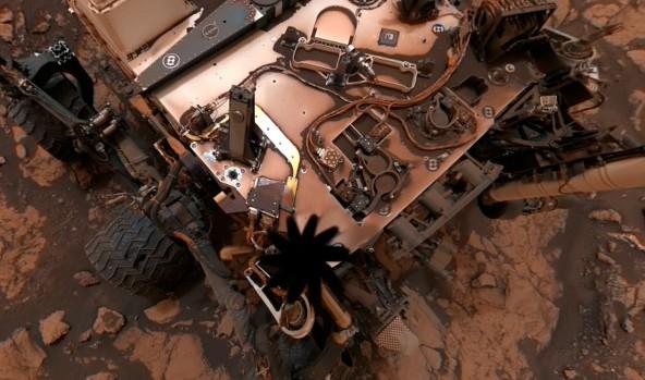 Марсоход Curiosity после бури
