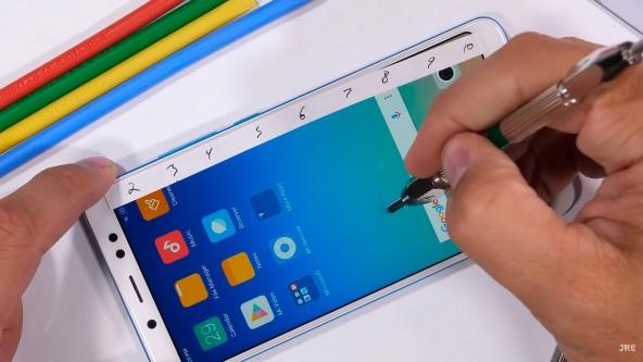 Xiaomi Redmi Note 5 Pro испытания на прочность