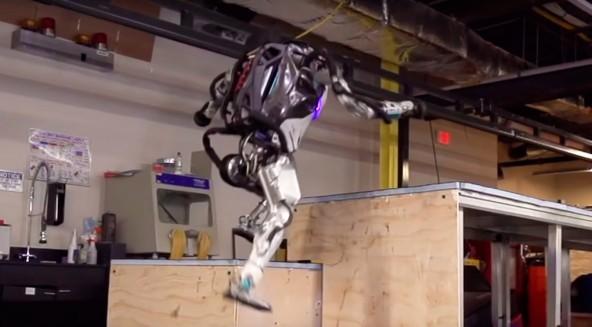 Новые возможности робота Atlas