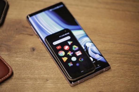 Маленький смартфон - Palm