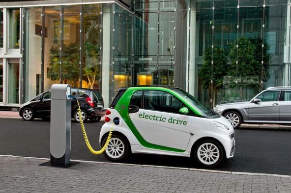 Электромобили дешевле от ДВС уже в 2023 году